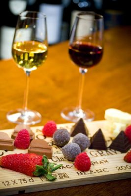 glasses of wine with chocolates